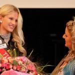 K800_Die Miss West-Germany auf dem 3. Kongress des Council of World Elders